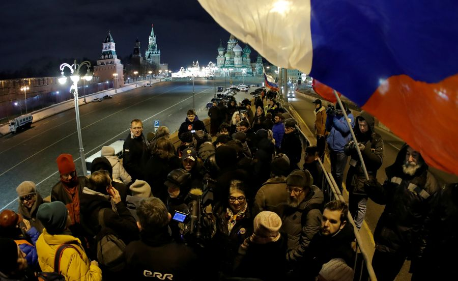 U.S. urges Russia to find masterminds of Kremlin critic's murder