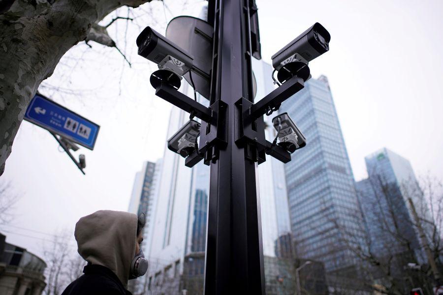 Residents take coronavirus surveillance into their own hands