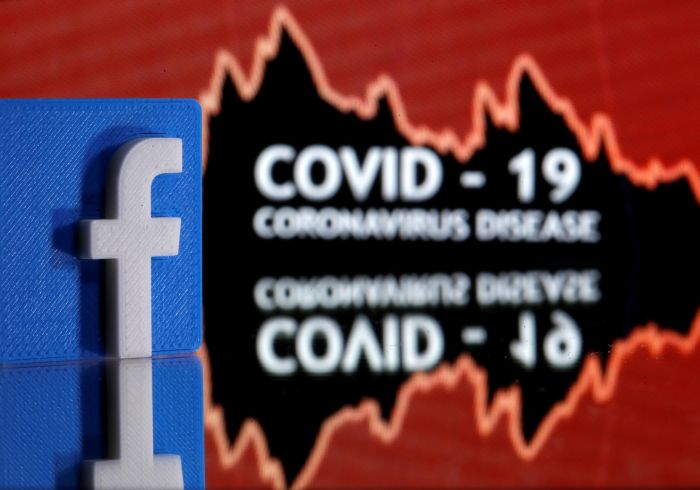 Facebook asks users about coronavirus symptoms, releases friendship data to researchers