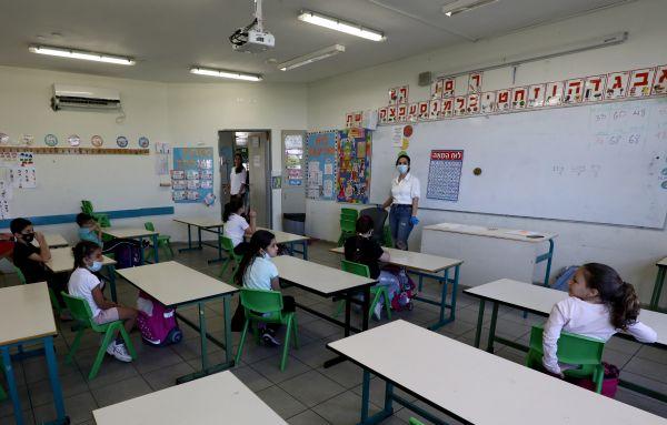 Hope and havoc as some Israeli schools reopen under coronavirus curbs