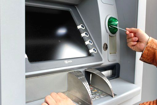Withdraw cash from any ATM free of charge :FM