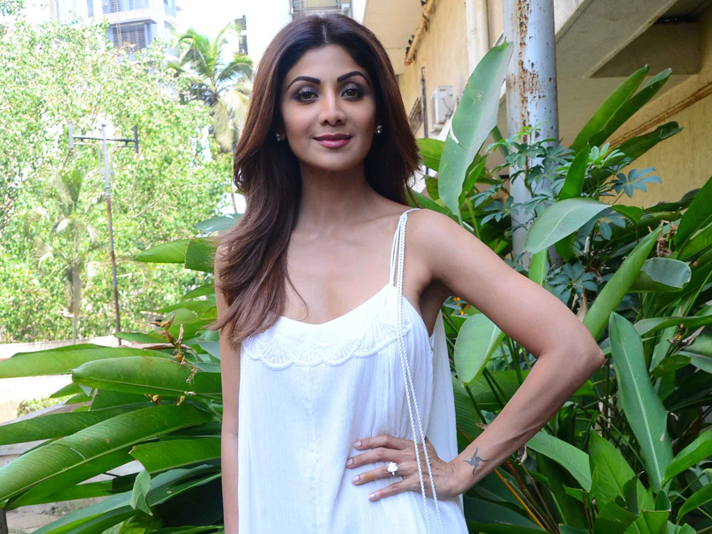 Shilpa Shetty's new pic motivates fans to stay fit
