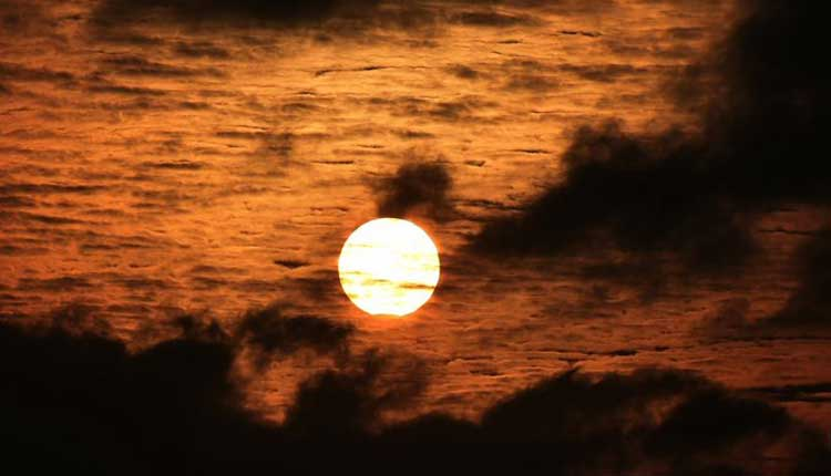 Mercury to glide across the Sun on November 11