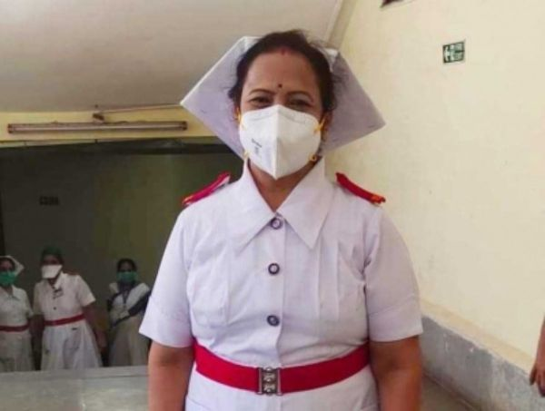 War against virus: Mumbai Mayor dons role of Miss Nightingale