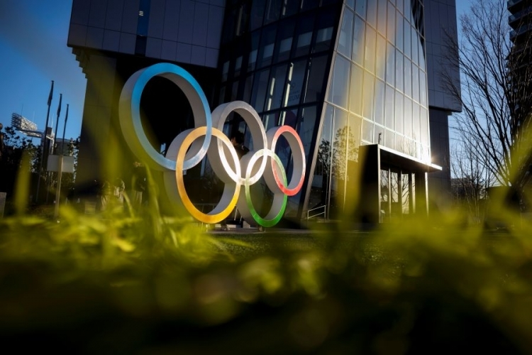 Tokyo postpones training for Olympics volunteers over virus fears