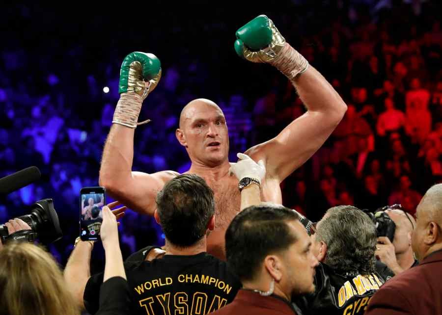 Tyson Fury celebrates winning the fight against Deontay Wilder (REUTERS/File Photo)