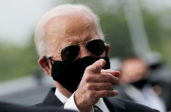 Democratic U.S. presidential candidate and former Vice President Joe Biden is seen at War Memorial Plaza during Memorial Day, amid the outbreak of the coronavirus disease (COVID-19), in New Castle, Delaware, US on May 25, 2020. (REUTERS File Photo)