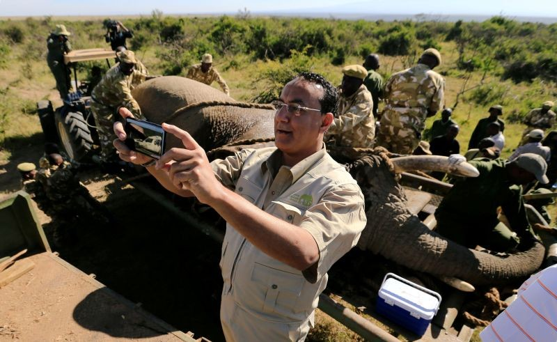 Kenya's Cabinet Secretary for Tourism Najib Balala takes a selfie during a translocation exercise to Ithumba Camp in Tsavo East National Park, in Solio Ranch in Nyeri County, Kenya on February 21, 2018. (REUTERS File Photo)