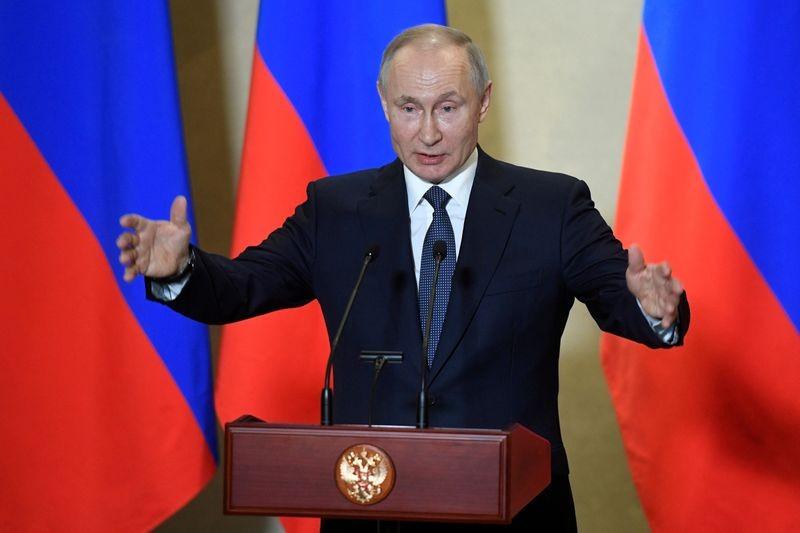 Russian President Vladimir Putin delivers a speech in Sevastopol, Crimea, March 18, 2020. (REUTERS File Photo)