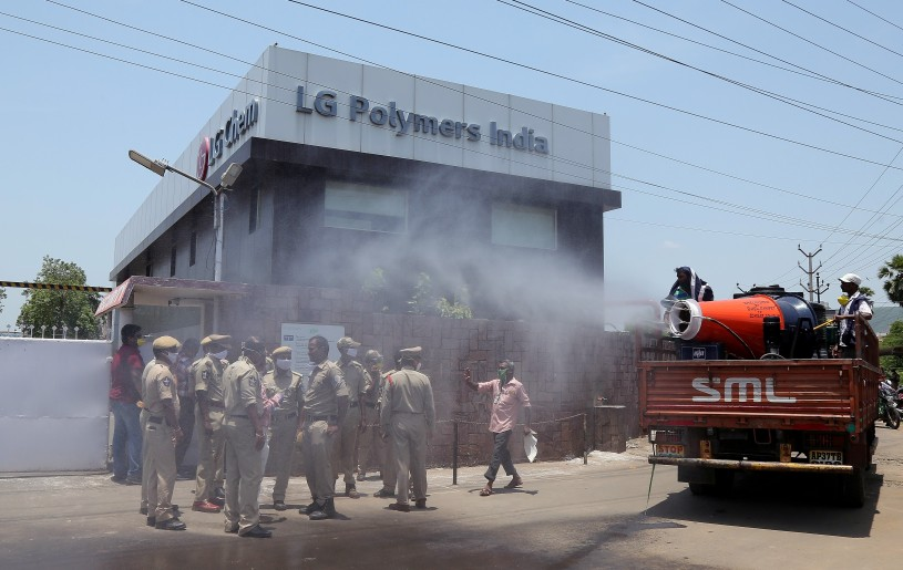 Municipal workers decontaminate outside of the LG Polymers Plant following a gas leak at the plant in Visakhapatnam, India, May 8, 2020. (REUTERS File Photo)