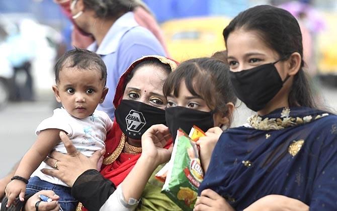 Women wearing face masks in Kolkata on Tuesday. Photograph: Ashok Bhaumik/PTI Photo