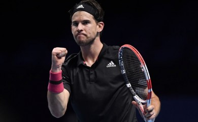Tennis - ATP Finals - The O2, London, Britain - November 22, 2020 Austria's Dominic Thiem reacts during his final match against Russia's Daniil Medvedev REUTERS/Toby Melville