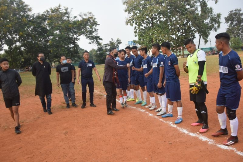 Players being introduced to the General Secretary, DCCI, Sanjay Sethi, the chief patron of the ongoing Dimapur Division League being played at Signal Village playground on Friday. (Morung Photo)