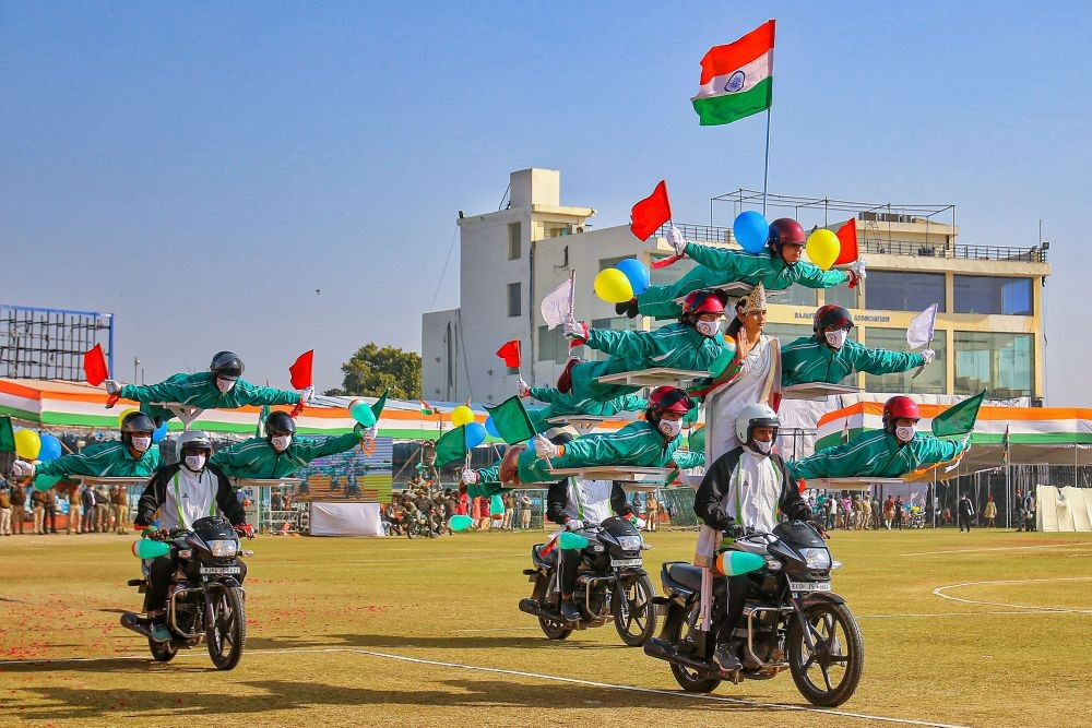 Jaipur: Rajasthan Police personnel perform daredevil stunts during the 72nd Republic Day celebrations at SMS Stadium in Jaipur, Tuesday, Jan. 26, 2021. (PTI Photo)