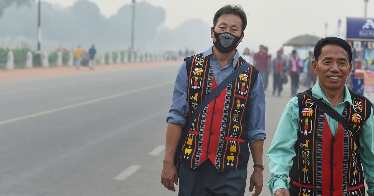 Breathing in Delhi-NCR 'huge risk' for healthy lungs: Experts