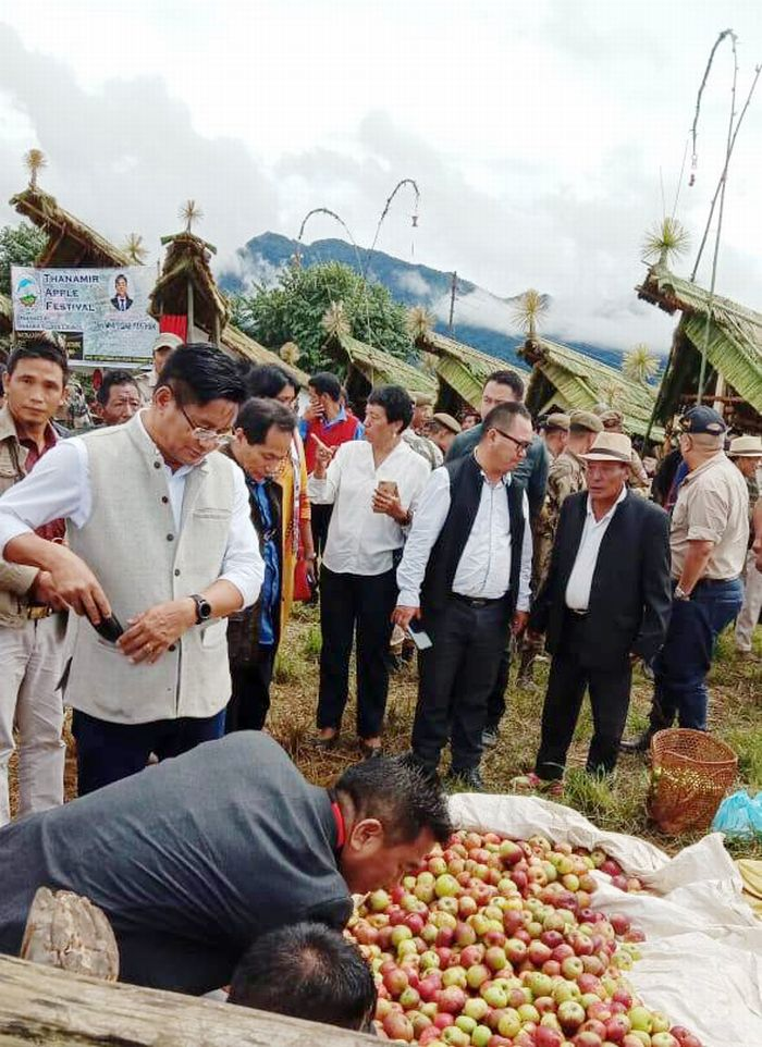 Nagaland: 8th Thanamir Apple festival held
