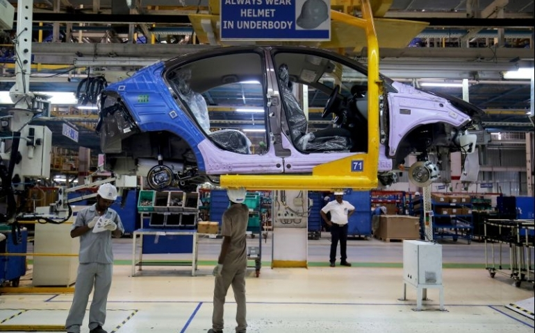 Slowdown continues: Domestic passenger cars sales plunge 36%