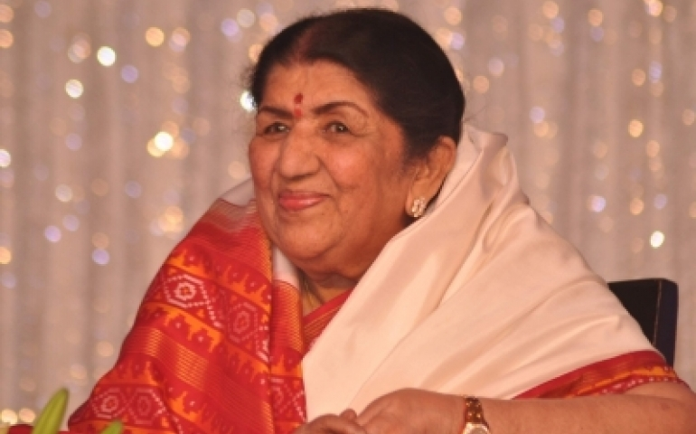 Your arrival has changed India's image: Lata to Modi