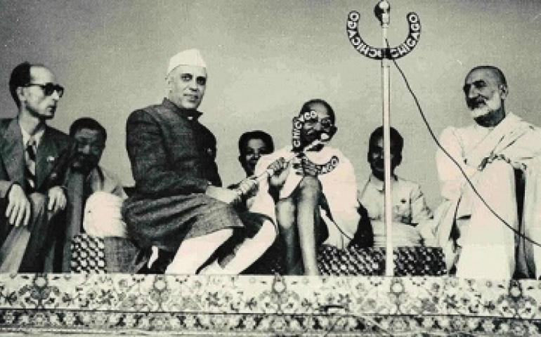 Did pacifist Nehru prevent recapture of PoK?