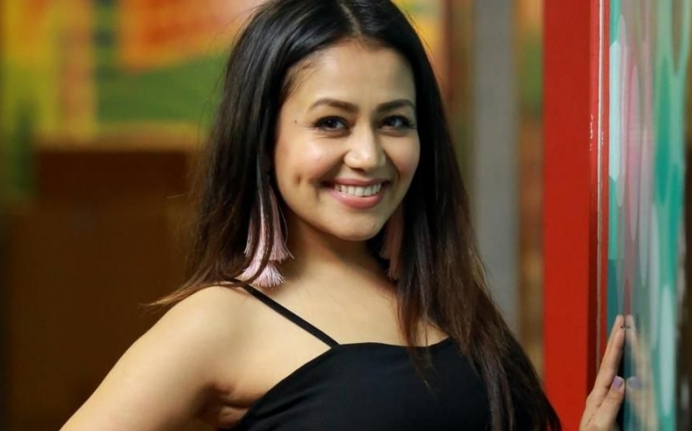 Neha Kakkar breaks down in video of her latest song