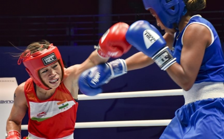 Mary Kom settles for bronze in World Championships