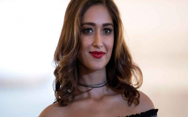 Ileana D'Cruz claims that she sleepwalks, wakes up with bruises